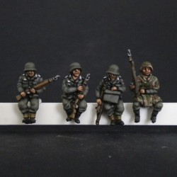 Panzergrenadiers for Sdkfz seated
