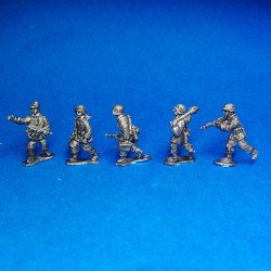 Panzergrenadier Waffen SS advancing